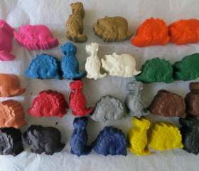 Dinosaur Crayon Set of 56