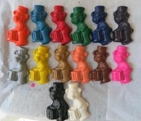 Large Bear and Drum Crayon Set of 14