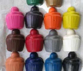 Large Cupcakes Crayon Set of 14