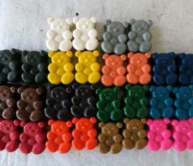 Bear Crayons Set of 56 in 14 Crayola Colors